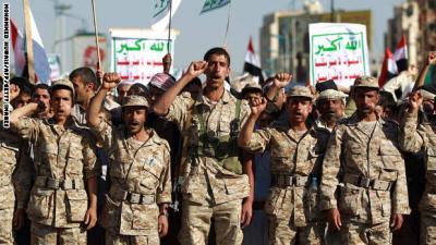 3 وسائل يتخذها الحوثيون وقوات صالح في نقل المعارك والتقدم في عدة جبهات