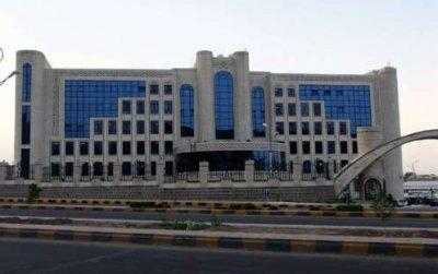 تصريح من شركة النفط اليمنية بشأن موعد وصول مادة البنزين إلى مختلف المحافظات