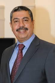 بحاح وعدداً من الوزراء يصلون سقطرى للبدء بمهامهم