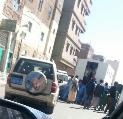 شاهد أغرب صوره لسجناء لا يمكن أن تشاهدها إلا في اليمن أثارت حالة من التندر