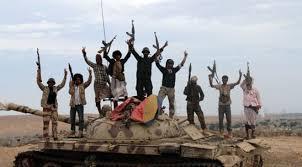القوات الإماراتية تأخذ المئات من رجال المقاومة إلى إرتيريا