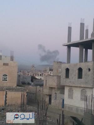 غارات جوية عنيفة على مواقع شمال العاصمة صنعاء ( صورة - المواقع المستهدف)