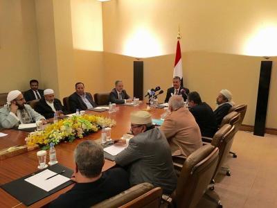 بحاح  يرحب بأي مشاورات لإنهاء القتل والدمار في اليمن