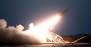 السعودية تعترف بإطلاق الحوثيين لصاروخين باليستيين وتكشف مصيرهما