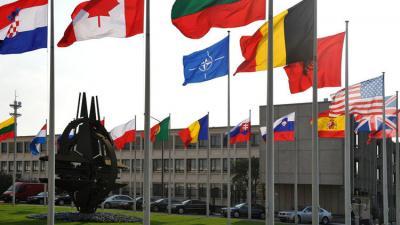 حلف الناتو يتحدى روسيا ويدعم تركيا بدفاعات جوية وبحرية ويكثف من دورياته الجوية