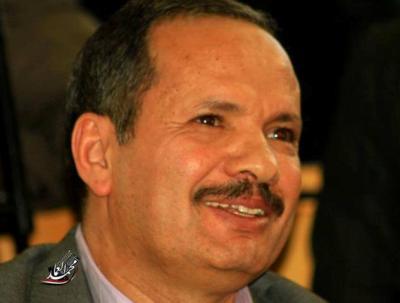 عاجل : الحوثيون يفرجون عن الدكتور محمد الظاهري بعد ساعات من إعتقاله