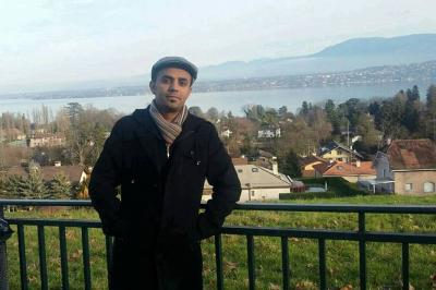 صحفي يمني يتلقى تهديد بالتصفيه لمرافقته لوفد الحكومه الشرعيه إلى جنيف