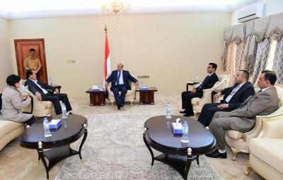 أول وفد شركة إستثمارية يصل عدن ورئيسها يلتقي الرئيس هادي ( صورة)