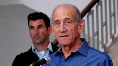 حكم بسجن رئيس الوزراء الإسرائيلي السابق أولمرت لإدانته بالرشوة