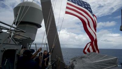 تفاصيل جديدة حول إحتجاز إيران لـ 10 عسكريين من البحرية الأمريكية كانوا على متن زورقين حربيين