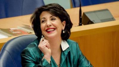 لأول مرة إمرأه عربية ترأس مجلس الشيوخ في هولندا ( صوره)