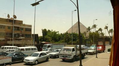 مصر.. 6 قتلى و27 جريحاً بانفجار في شارع الهرم
