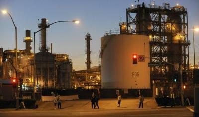 تعرّف على الرابحون والخاسرون نتيجة هبوط أسعار النفط
