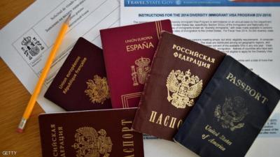 هذه أسرع جوازات السفر إصداراً وأكثرها حرية في التنقل حول العالم منها دولتان عربيتان