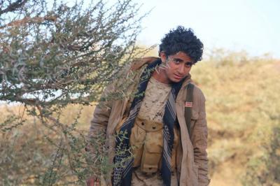 شاهد صورة أشرف نجل الناشطة رشيده القيلي والذي أستشهد اليوم بمأرب