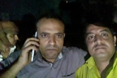 شاهد أول صور وأول تعليق  لمراسل الجزيرة حمدي البكاري بعد إطلاق سراحه هو وزملاءه يكشف عن الجهة التي اختطفته