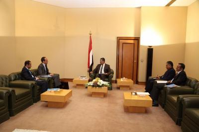 نائب رئيس الجمهورية يؤكد استعداد الحكومة تسهيل أعمال مكتب اليونسيف في اليمن