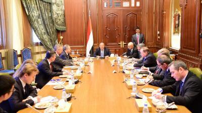 الرئيس هادي يعقد اجتماع مع سفراء الدول الخمس الدائمة العضوية في مجلس الأمن ( صوره)