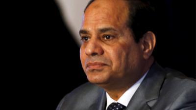 شاهد بالفيديو .. الرئيس المصري السيسي يعرض نفسه للبيع ويبكي بعدها وناشطون يعرضونه للمزاد