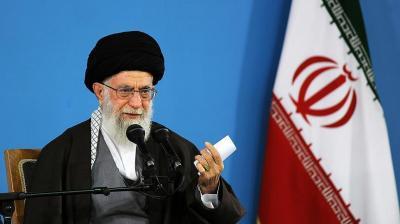 """خامنئي يصف قتال الإيرانيين في سوريا بأنه """"حرب الإسلام على الكفر"""""""