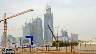 أزمة شركات المقاولات السعودية ( بن لادن - أوجيه ) تهدد الآلاف من العاملين