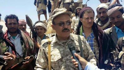 الجيش يبدأ بتنفيذ توجيهات الفريق الركن علي محسن الأحمر في تعز