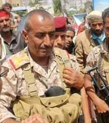 الجيش يتسلم منشآت عسكرية وحكومية وينتشر في عدداً من مناطق مدينة تعز