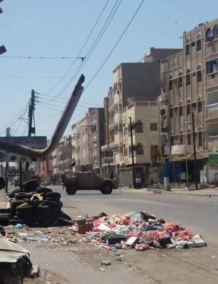 بالصور .. قوات الأمن والمقاومة بعدن تتوغل في المنصورة وتسيطر على مبنى المجلس المحلي