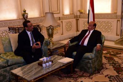 الرئيس هادي يستقبل المبعوث الاممي لدى اليمن ولد الشيخ