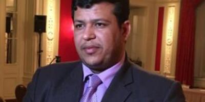 العليمي يؤكد بأن الحكومة اليمنية جاهزة وجادة للحل السياسي السلمي
