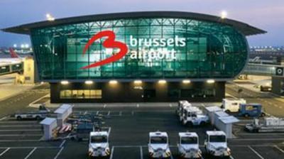 إصابات في تفجيرين بمطار بروكسل