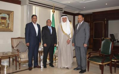 سياسي يمني رفيع يصل الرياض قادماً من صنعاء يعلن تخليه عن الحوثيين وصالح ( صورة)