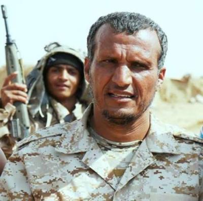 إصابة قائد عسكري كبير ومقتل شيخ قبلي من قوات الشرعية في مواجهات مع الحوثيين وقوات صالح ( الأسماء)
