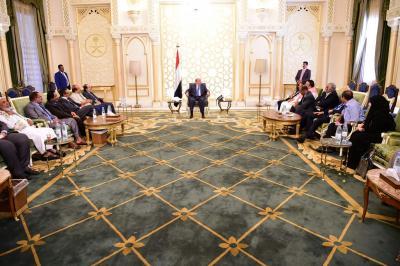 الرئيس هادي يستقبل عدد من قيادات مكونات الحراك الجنوبي