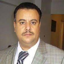 الحوثيون يعزلون أحد قيادات المؤتمر من منصبه بسبب حشده لمظاهرات السبعين ومظاهرات تطالب الحوثيين بإلغاء القرار ( صور)