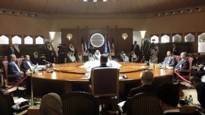 محادثات الكويت تتجه نحو الفشل ومركز دراسات يكشف السيناريوهات المتوقعه