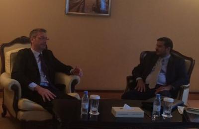 وزير النفط يبحث مع السفير الفرنسي ترتيبات اعادة تشغيل منشأة بلحاف