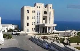 تفاصيل المواجهات التي اندلعت مساء اليوم في القصر الرئاسي بمعاشيق عدن