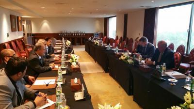 وكيل وزارة الخارجية الأمريكية يكشف عن شروط فتح السفارة الأمريكية بصنعاء