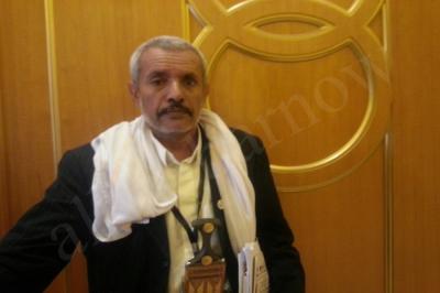 قيادي مؤتمري وعضو في اللجنة العامة يُبرأ الحوثيين ويتهم أعضاء حزبه