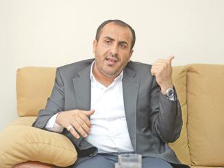 """أول رد لناطق الحوثيين """" محمد عبد السلام """" على تصريح الجبير الأخير"""" الحوثيين جيراننا """" .. ويدعوا السعودية لإحتواء جماعته"""