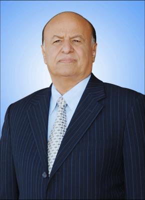 توجيه من الرئيس هادي بشأن الجنود الذين سقطوا اليوم قتلى في تفجير إرهابي بأحد معسكرات التجنيد بعدن