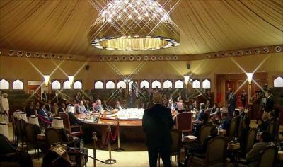 وفد الحكومة في مشاورات الكويت يقدم 8 نقاط بشأن وقف الإقتتال في تعز ( نصها )