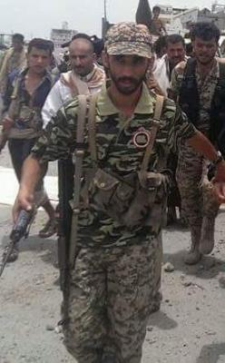 مقتل قيادي حوثي كبير ومرافقوه في غارة جوية ( صوره)