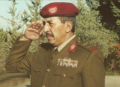 وفاة رئيس هيئة الأركان الأسبق اللواء محمد علي القاسمي ( سيرة ذاتيه)