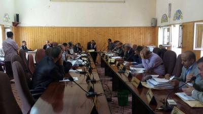 اجتماع لمجلس جامعة صنعاء يناقش تطوير أداء كلياتها محدودة الدخل