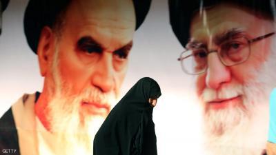 كيف يعمل خامنئي على الصراع بين الأجنحة في إيران ؟