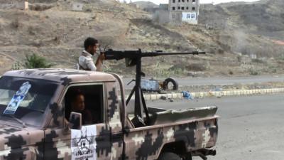تفاصيل جديدة .. هذا ما حدث في محيط اللواء 35 مدرع بتعز ونتيجة الهجوم العنيف الذي نفذه الحوثيون وقوات صالح على اللواء