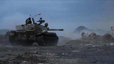 قيادي حوثي يتوقع تصعيد عسكري كبير خلال الأيام القادمة ( تفاصيل)