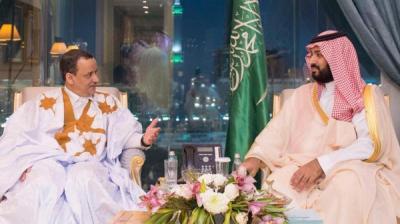 بالصورة .. ولد الشيخ يظهر بالزي الشعبي الخاص ببلدة في السعودية